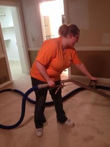 Water Damage Fresno Technician Cleaning Carpet